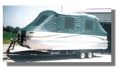 Boat cover with windows